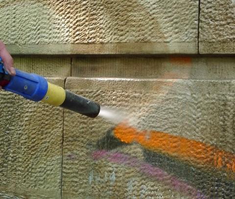 Sandstein Reinigen sandstrahlen koeln de graffiti entfernung denkmalpflege